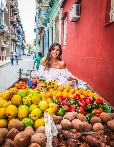 yovana-cuba-fruits